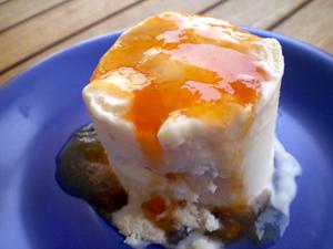 Gelat de formatge fresc i melmelada taronja post