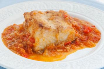 Bacalla-amb-sofregit-de-tomaquet-Hortus